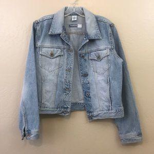 Vintage 80s 90s liz Claiborne Cropped Denim Jacket